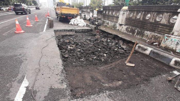 Jalan Amblas di Menteng Terjadi Dua Kali, Lagi-lagi Ditambal dengan Puing Beton
