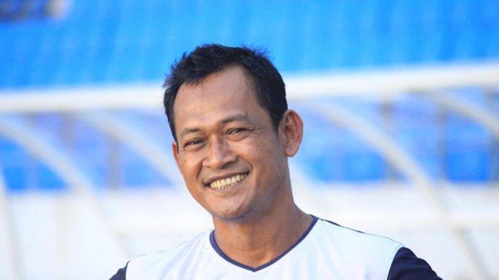 Pelatih Kiper Persiba Balikpapan Beberkan Alasan Latihan Fisik Penjaga Gawang Berbeda