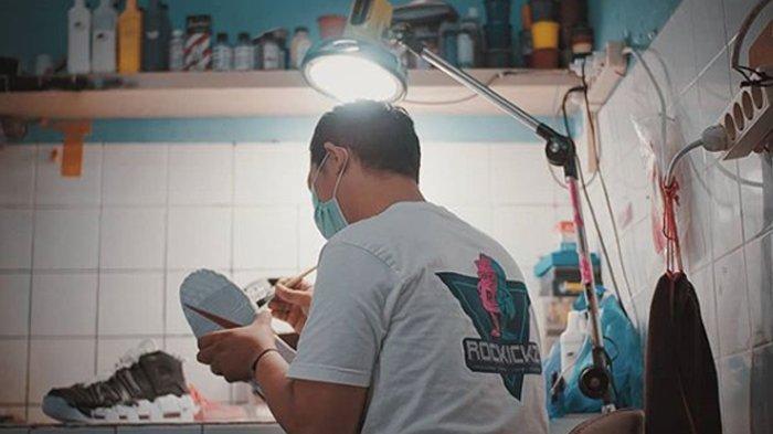 Sederet Tempat Laundry Sepatu di Jakarta, Bikin Sepatu Kumal Tampak Baru Lagi