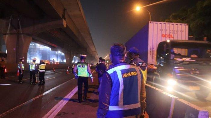 Larangan Mudik Sudah Diberlakukan, Polisi Mulai Lakukan Penyekatan di Jalan Arteri dan Jalan Tol