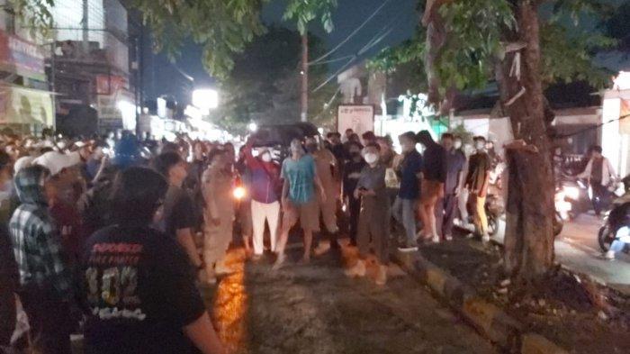Pria Tanpa Identitas Ditemukan Gantung Diri di Pohon Pinggir Jalan Raya PUP Bekasi Utara