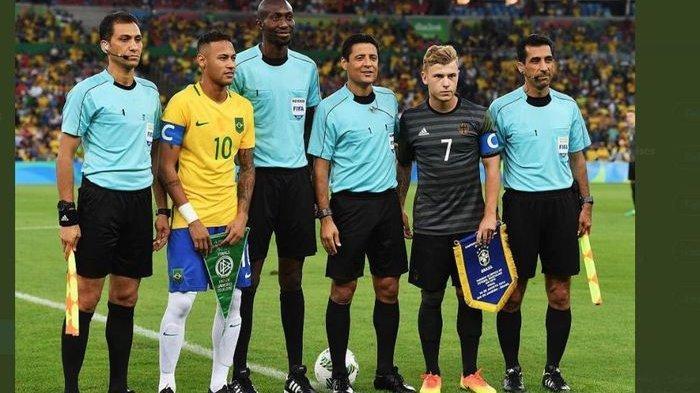Jelang kick-off final Olimpiade 2016 antara Brasil vs Jerman.
