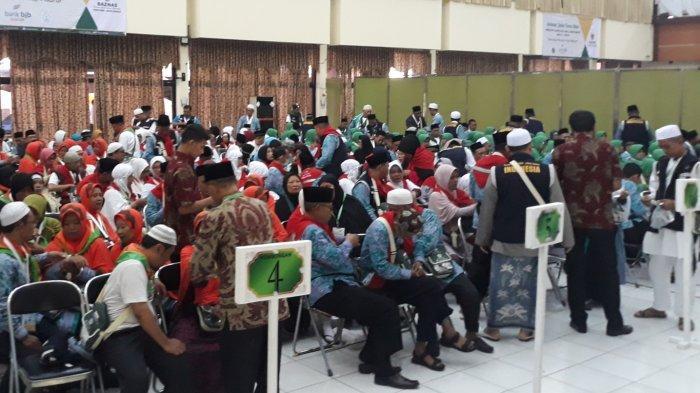 Jemaah Haji Asal Batam Meninggal di Madinah, Dehidrasi Picu Jemaah Sakit