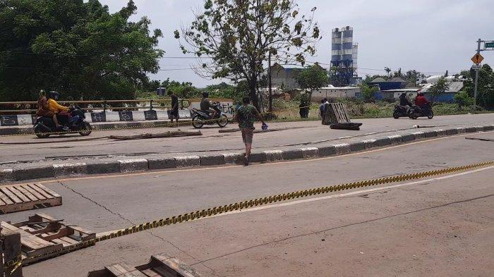 PUPR Kebut Perbaikan Sementara Jembatan Ambles Jalur Panturan Kabupaten Bekasi