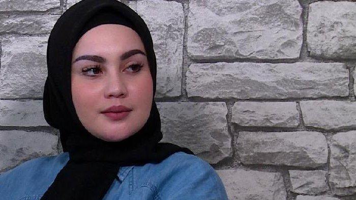 Jedun & Suami Ribut Usai Isu Istri Ketiga Uje, Pengacara Minta Umi Pipik Klarifikasi: Tolong Akhiri