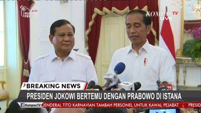 Prabowo Jadi Menteri Jokowi: Cara Bertahan Gerindra, Ambisi Pribadi, dan Peringatan PA 212