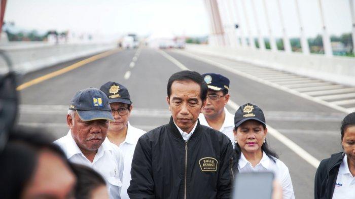 Tampilan Jokowi Ala Anak Motor saat Resmikan Tol Trans Jawa