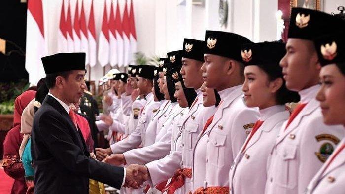 Kisah Christina Paskibraka Sulbar Gagal Berangkat Kibarkan Bendera Pusaka di Istana karena Covid-19