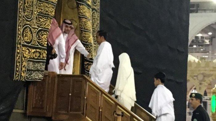 Berkesempatan Masuk Kakbah saat Ibadah Umrah, Jokowi : Aku Datang Memenuhi PanggilanMu, Ya Allah