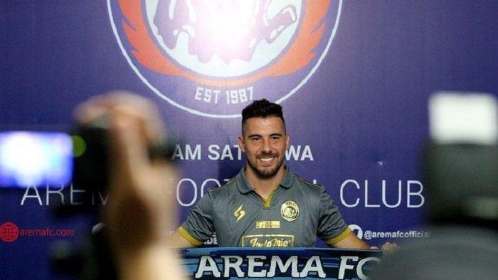 Sempat Berkelana di Malaysia, Jonathan Bauman Resmi Jadi Pemain Arema FC