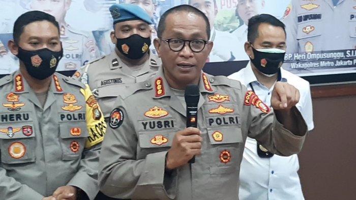Kabid Humas Polda Metro Jaya, Kombes Pol Yusri Yunus, saat diwawancarai awak media, di Polres Metro Jakarta Pusat, Rabu (11/11/2020).