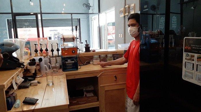 Baru Tiga Bulan Buka Kafe di Tebet Dibobol Maling, Pelaku Gasak Mesin Kopi hingga Tablet