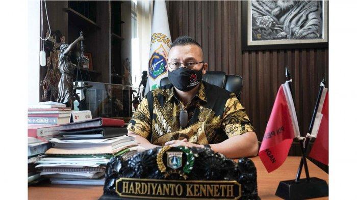 Setuju Pelanggar Prokes Dipidana, Anggota DPRD DKI Kenneth: Tapi yang Humanis dan Bermanfaat