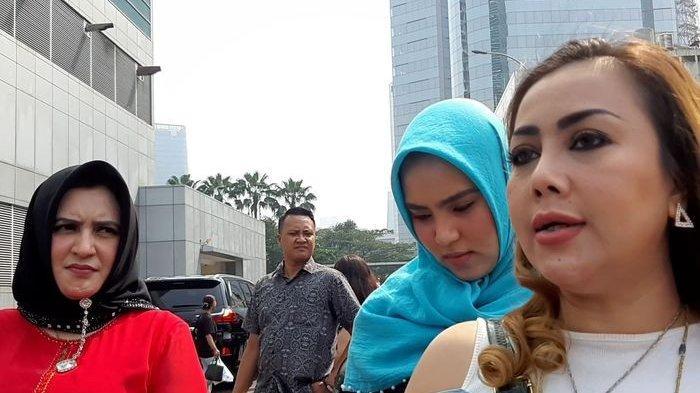 Galih Ginanjar Ungkit Jasanya ke Mendiang A Rafiq, Kakak Fairuz A Rafiq Murka: Cuma Nunggu di ICU!