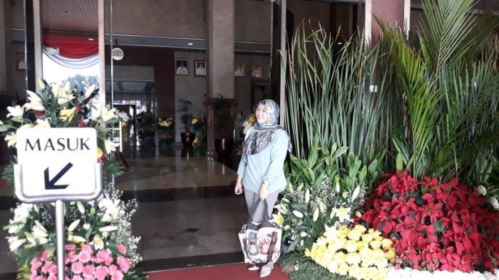 Sambut HUT ke-492 Jakarta, Kantor Wali Kota Jakarta Barat Dihiasi Bunga Segar