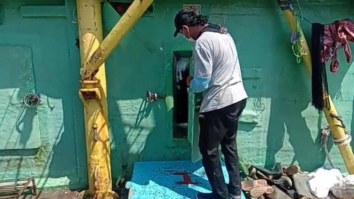 BREAKING NEWS Polisi Temukan Kapal Ikan Angkut 5 Jasad Manusia di Perairan Kepulauan Seribu