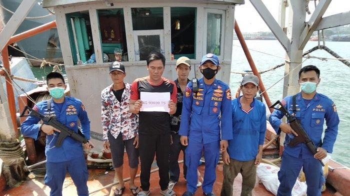 Polair Tangkap 2 Kapal Berbendera Vietnam yang Lakukan Illegal Fishing di Natuna