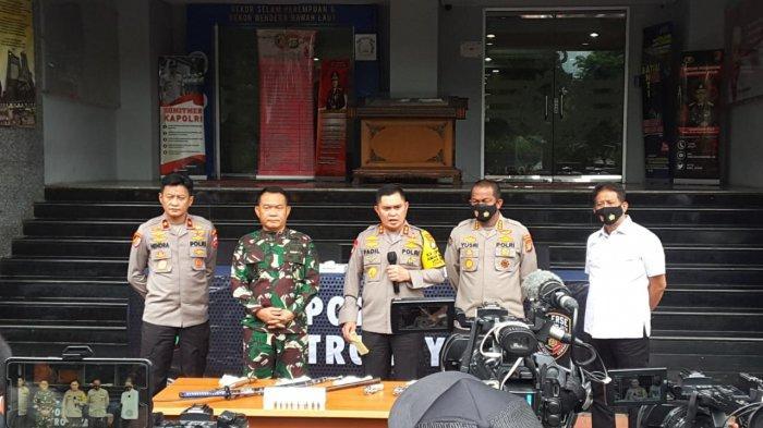 Gali Keterangan Saksi, Polisi Terus Buru 4 Pengawal Rizieq Shihab