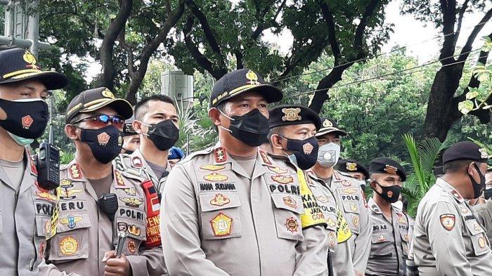 Pantau Langsung ke Lokasi Aksi, Kapolda Metro Jaya Sebut Unjuk Rasa Massa BEM SI Tertib