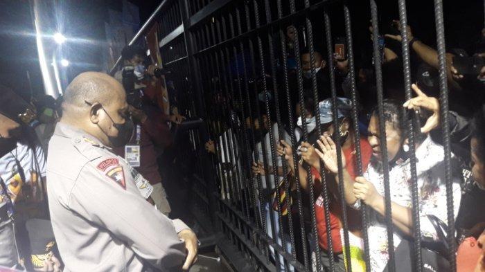 Tak Bisa Masuk ke Stadion Lukas Enembe di Pembukaan PON Papua, Warga: Kami Dibiarkan Macam Tahanan