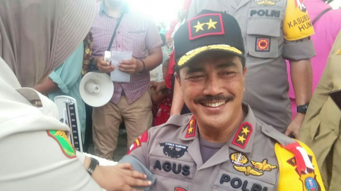 Kapolda Sumut Irjen Agus Andrianto saat melakukan pengecekan kesehatan.