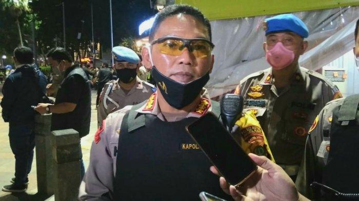 Cegah Kerumunan, Polres Metro Jakarta Pusat Bersama TNI Patroli Saat Malam Takbiran