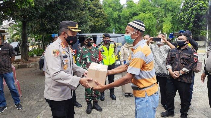 Cegah Covid-19, Kapolres Jakarta Selatan Minta Akses Keluar Masuk Kampung Tangguh Jaya Diperketat