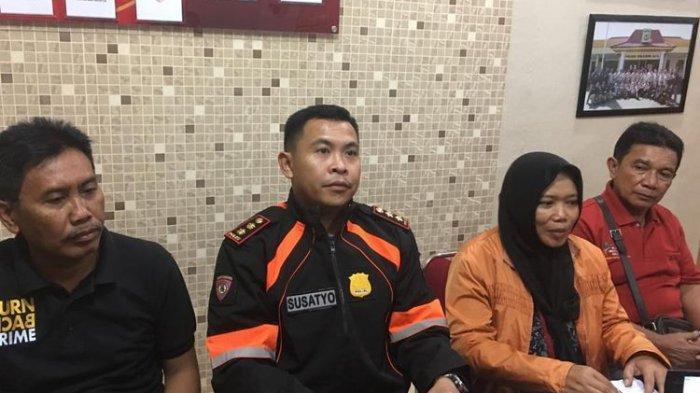 Polisi Sebut Wanita Perekam Video Pria Ancam Penggal Kepala Jokowi Bukan Guru SD di Sukabumi