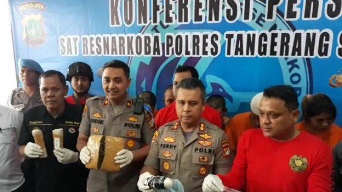 Sabu yang Diselundupkan dalam Kelamin Membongkar Jaringan Narkoba Asal Thailand di Indonesia