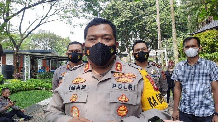Kapolres Tangsel AKBP Iman Imanuddin di bilangan Bintaro, Pondok Aren, Kota Tangsel, Sabtu (22/5/2021).