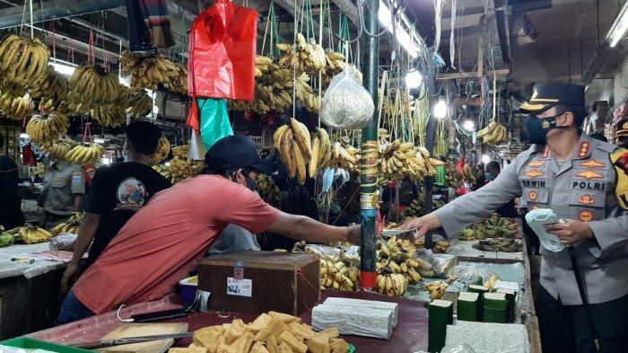 Pandemi Bikin Pasar Sepi Pembeli, IKAPPI: 43 Persen Pedagang di Sejumlah Daerah Terpaksa Tutup