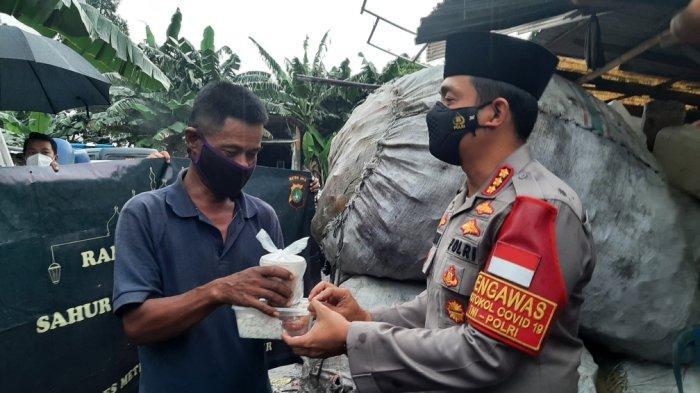 Polrestro Jakarta Timur Sediakan 100 Paket Makanan Siap Saji Untuk Sahur dan Buka Puasa
