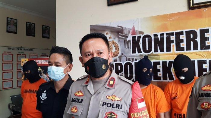 Kapolsek Medan Satria Kompol Agus Rohmat soal perkara utang piutang di Mapolsek, Senin (13/9/2021).
