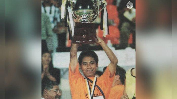 Persija Jakarta Rayakan Hari Bahagia Kapten Macan Kemayoran Saat Juarai Liga Indonesia 2001