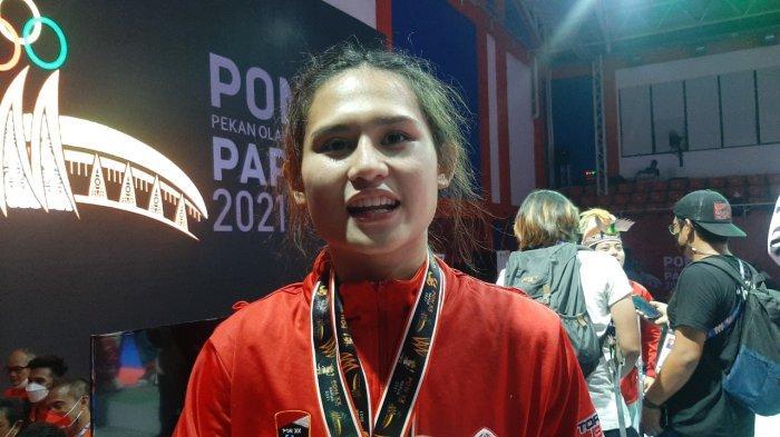 Tampil Perdana PON, Karateka Cantik Asal DKI Jakarta Ini Bersyukur Bisa Raih 2 Medali Emas