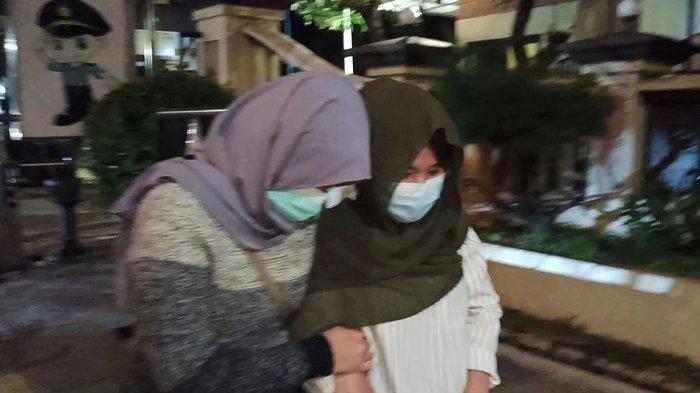 Dua Karyawati Jadi Korban Pelecehan oleh Bosnya Berulang Kali saat Sedang Bekerja