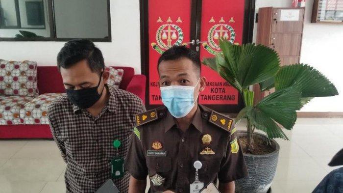 Kasie Pidum Kejari Kota Tangerang, Dapot Dariarma belum memutuskan apakah menerima atau banding putusan Majelis Hakim PN Tangerang soal kasus 22 anak buah John Kei, Kamis (21/1/2021).