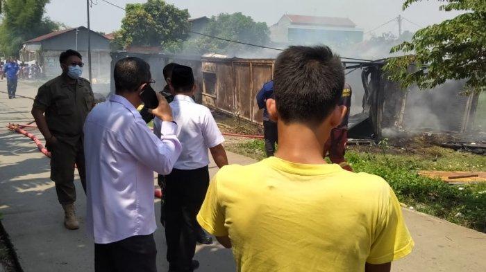 Kebakaran hebat terjadi di dekat Perimeter Selatan Bandara Soekarno-Hatta pada Rabu (21/4/2021).