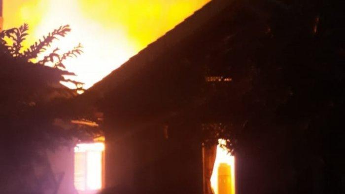 Kebakaran di Serpong 1 Rumah dan 6 Petak Kontrakan Ludes, Kerugian Ditaksir Rp 500 Juta