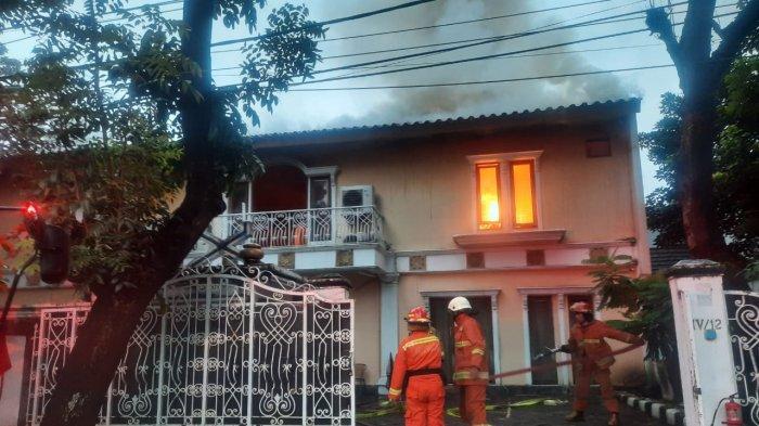 Rumah Mewah di Panglima Polim Jaksel Terbakar, Kerugian Capai Rp 1 Miliar