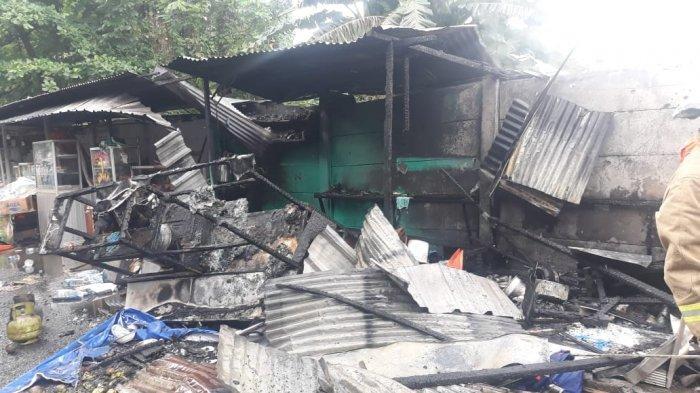 Ledakan Terjadi Saat Asep Nyalakan Kompor Gas, 8 Warung Makan di Samping RS Fatmawati Ludes Terbakar - kebakaran-warung-tenda-di-fatmawati.jpg
