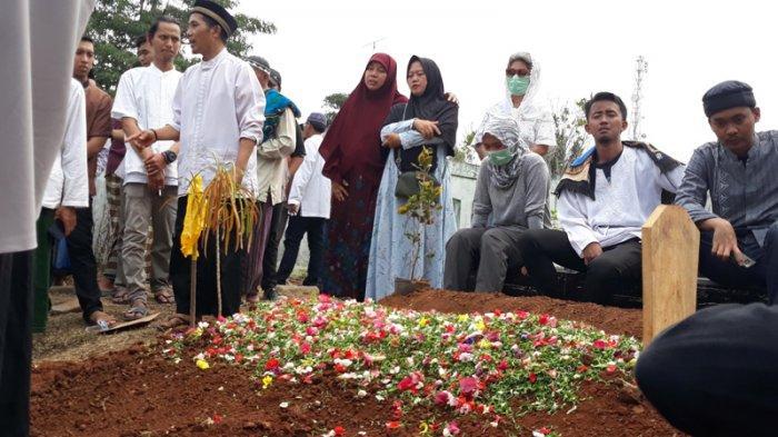Kecelakaan Maut Ambulans Saat Antar Jenazah dari Cisauk ke Klaten, Seluruh Pengantar Tewas