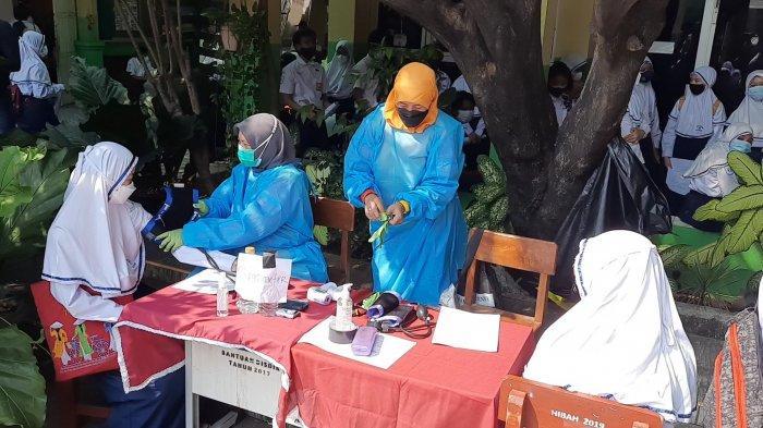 Vaksinasi Massal Covid-19 di SMP Negeri 21 Kota Bekasi Libatkan 3.000 Pelajar