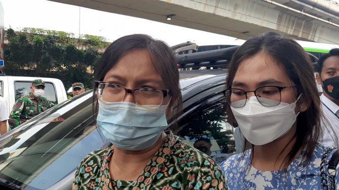 Keluarga Korban Emosi saat Melihat Tersangka Bripka CS Hadir dalam Rekonstruksi di RM Kafe