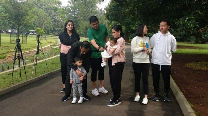 Jokowi dan Keluarga Jalan Pagi di Istana Bogor, Kaesang Tidak Ikut Karena Alasan Ini