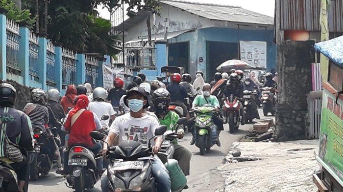 Macet 3 Kilometer di Jalur Tikus, Satgas Jakarta Timur Evaluasi Efektivitas Pos Penyekatan