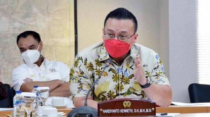 Soroti Penyaluran BST, Anggota DPRD DKI Kenneth Minta Pemprov Jakarta Berkolaborasi dengan Kemensos