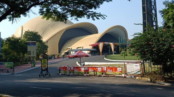 Hari Pertama Buka Saat PSBB Transisi, TMII Masih Tutup Bioskop Keong Mas