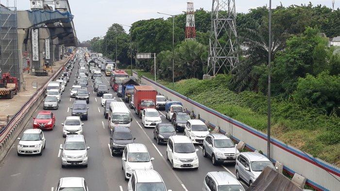 Mudik Lebaran, Rincian Biaya Pengeluaran Tol dari Jakarta ke Solo Hingga Sistem One Way di Tol Japek