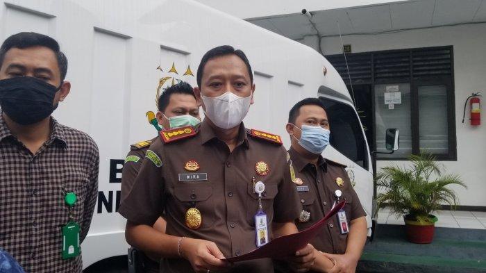 Kepala Kejaksaan Negeri Kota Tangerang, I Dewa Gede Wirajana mengungkapkan kasus korupsi melibatkan rumah sakit yang dikelola Kementerian Kesehatan RI, Kamis (21/1/2021).
